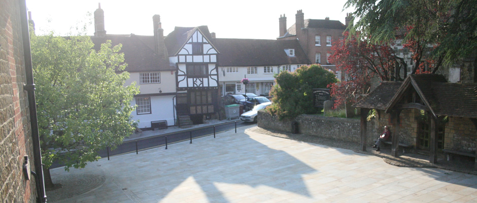 Midhurst Town Square is available for your special event. Please use this form to contact the Town Trust for full details or to make a booking.