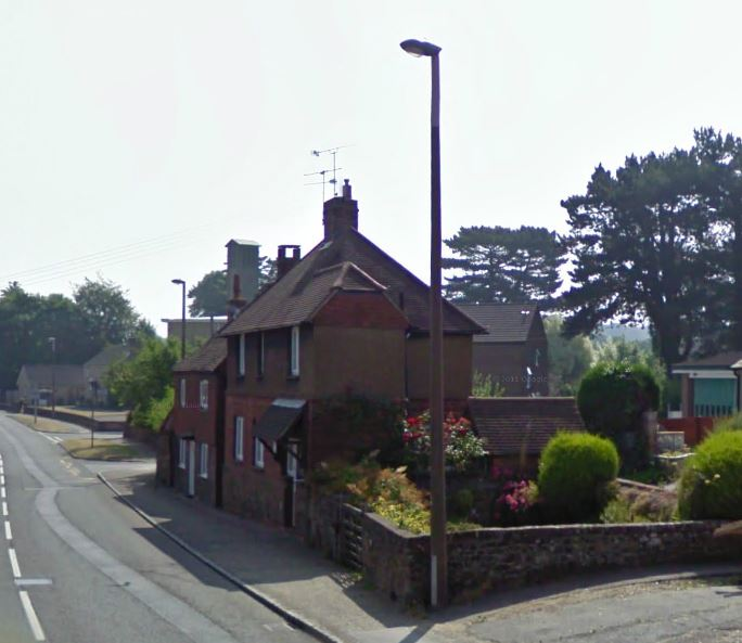 the pound bepton road